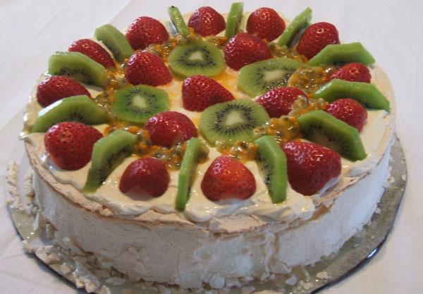 Украшение тортов в домашних условиях, своими руками, идеи с 80