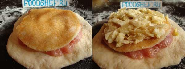 выкладываем блин и яйца с луком