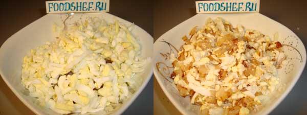 соединяем лук с яйцом